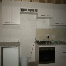 Almost at completion: New gas stove and electric oven installed
